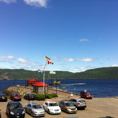 daniel-st-pierre-photo-drapeau-saguenay
